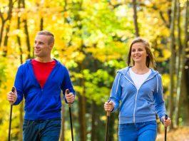 nordic-walking sport na jesień