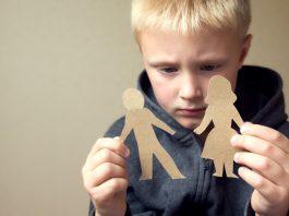 jak dziecko reaguje na rozwód rodziców
